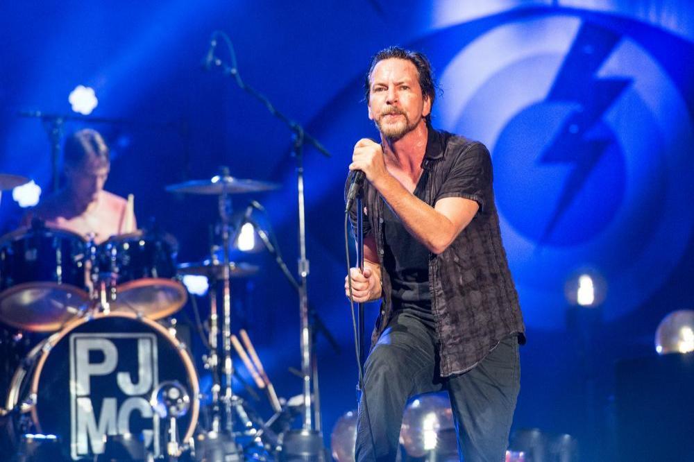 Эдди Веддер из Pearl Jam, выступление в июне 2018 года в Лондоне