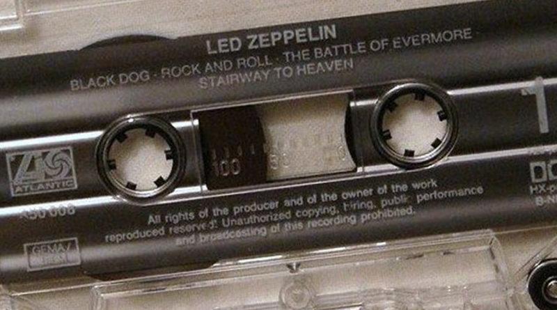 """Феррумная """"студийка"""" против пустой кассеты: кейс Led Zeppelin"""