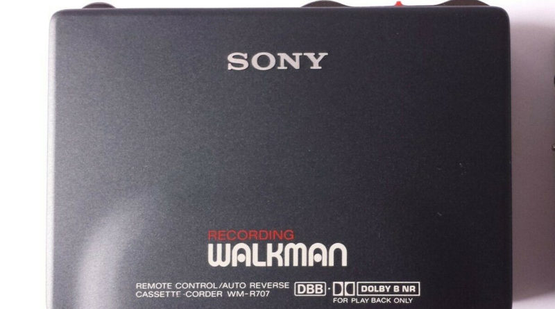 Sony Walkman WM-R707